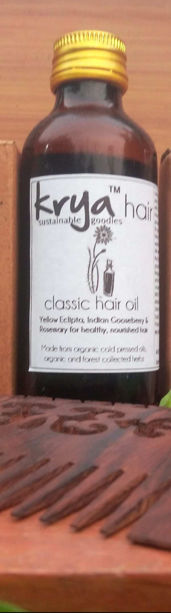 Classic hair oil nourishes, balances oil , cools and strengthens hair